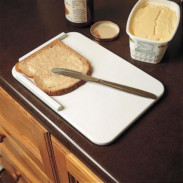 Planche de cuisine avec plots