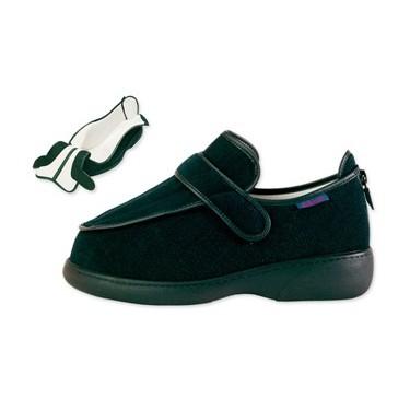 Chaussures larges et à...