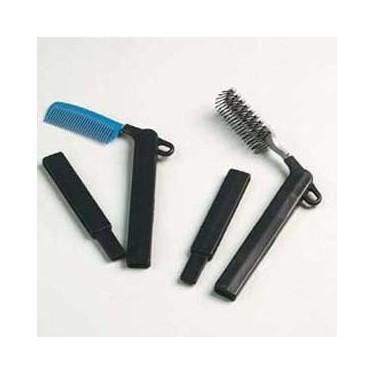 Peigne ou brosse à long manche