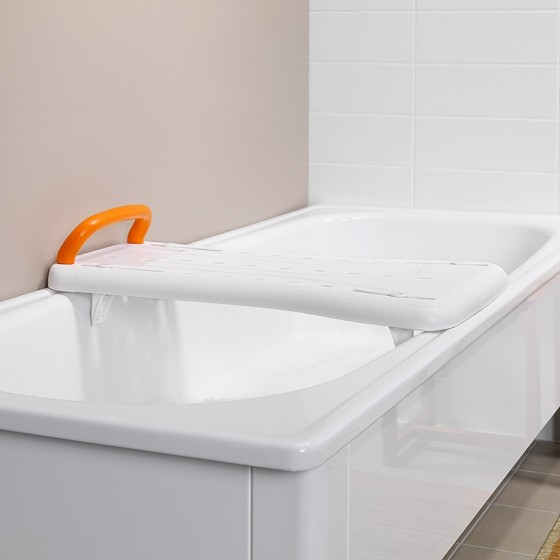 Une planche de bain de très grande qualité pour un transfert facilité.