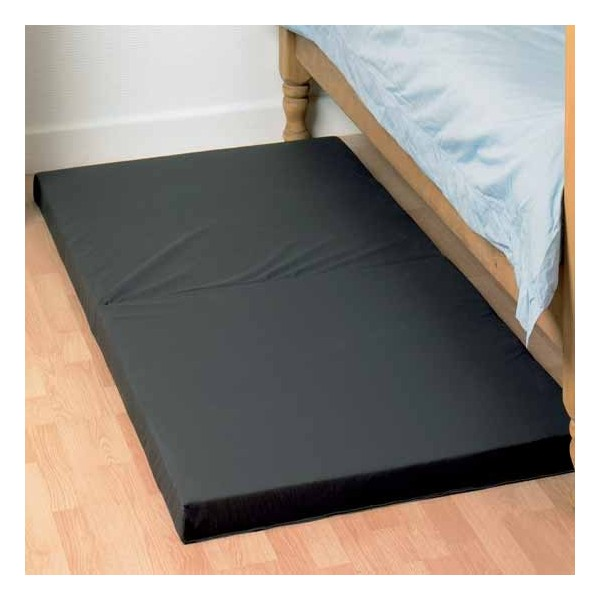 matelas de sol pour personnes g es et personnes. Black Bedroom Furniture Sets. Home Design Ideas