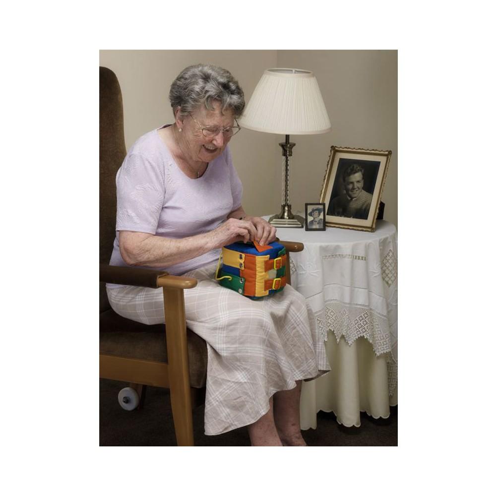 Cube d'activités motrices